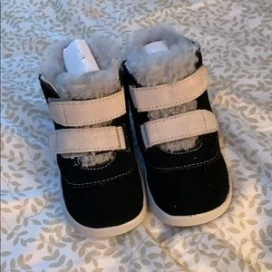 Ugg Boots size 4/5 Toddlers